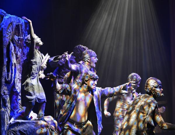 המופע אבנים 106 ישראל לייף סטייל תיאטרון, קרדיט צילום יינון צפריר