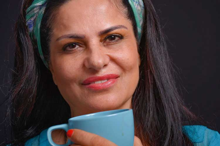 רות ברונשטיין עיתונאית,מנהלת תוכן לכנסים, מרצה לאמנות. צילום לני מידן